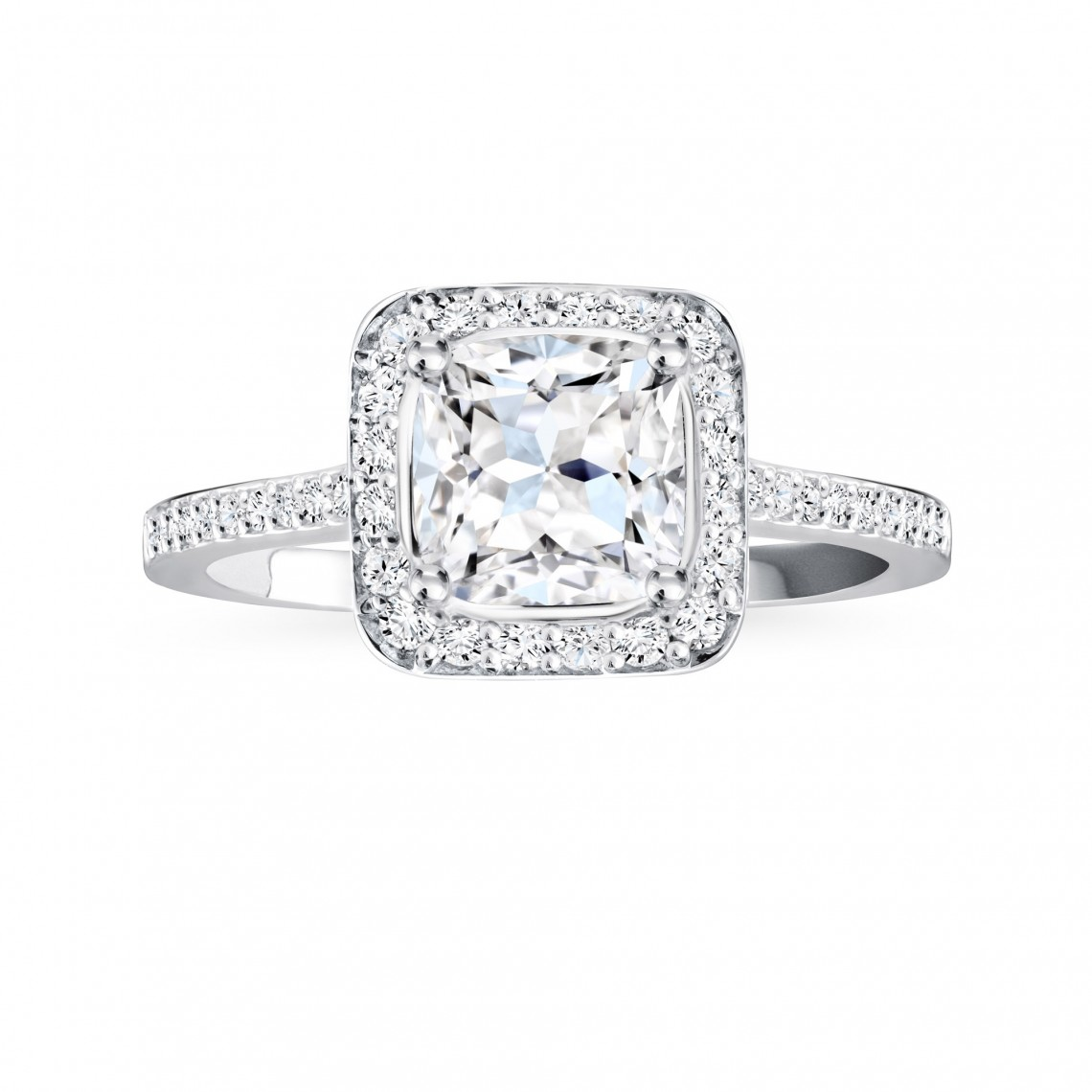 Birks Amorique® Pavé Diamond Engagement Ring Image