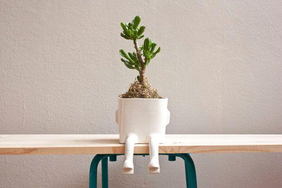 Hanging feet pot Image